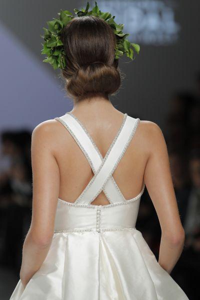 50 vestidos de novia con escote a la espalda 2017: ¡los querrás todos! Image: 9