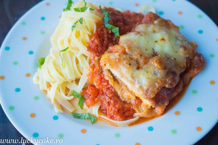 Retete | Gust | Savoare Chicken parmigiana with pasta