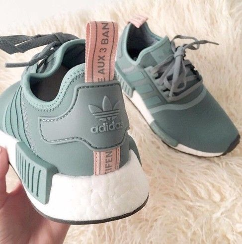 outlet store dbd1a 1e138 Cheap NMD R1 Gucci Shoes Sale, Buy NMD R1 Gucci White Boost 2018