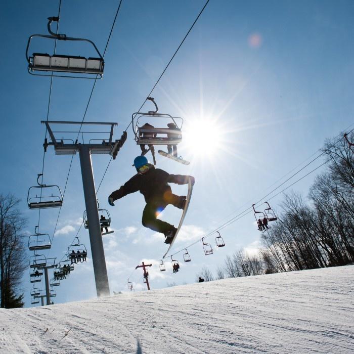 Snowboarding in Haliburton Highlands.