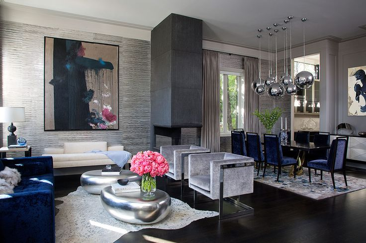 La diseñadora de interiores Wendy Labrum logró conciliar los gustos de una pareja en esta casa situada en Chicago.