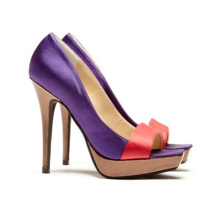 ★ Lila ★: Heels Purple, Colors Purple, Purple Shoes, Purple Rules, Purple Reign, Purple Power, Purple Passion, High Heels, Sole Society