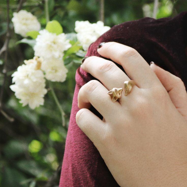 Bronze Fox Ring by Folklorika, via Etsy #folkloriikka #folklorika