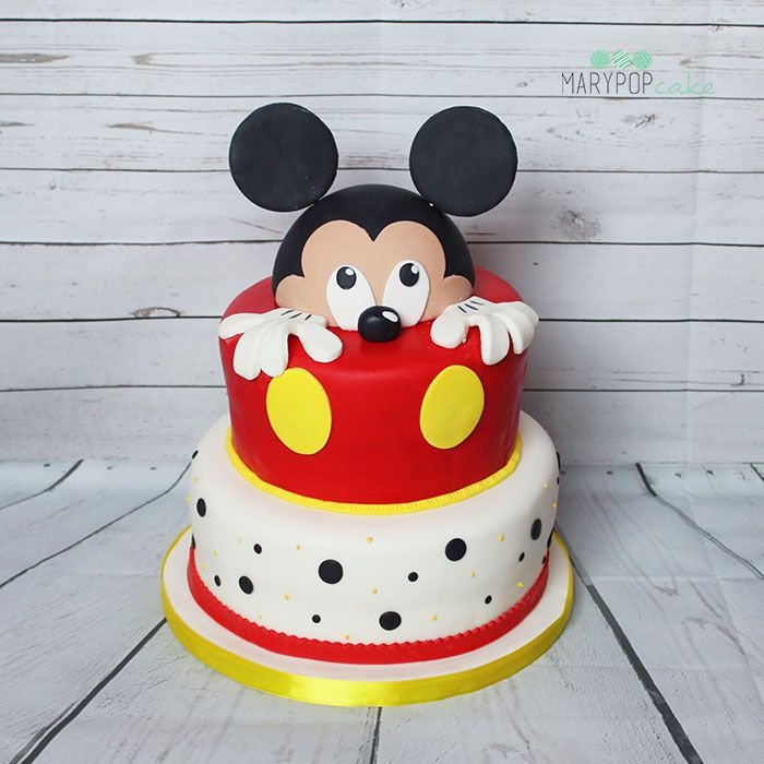 Micky Mouse cake... Torta topolino http://www.marypopcake.it/cakedesign-bimbi/