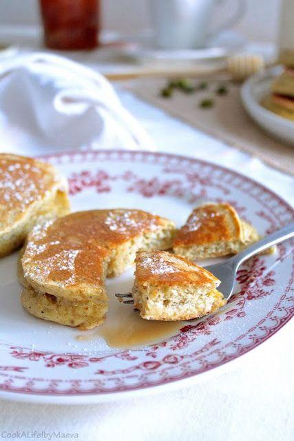 Racuszki ou racuchy, pancakes polonais en pâte levée qui font penser à des…