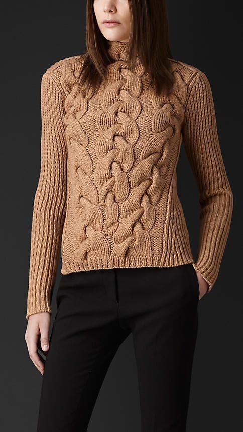 Mano suéter de las mujeres cuello redondo de punto hecha a