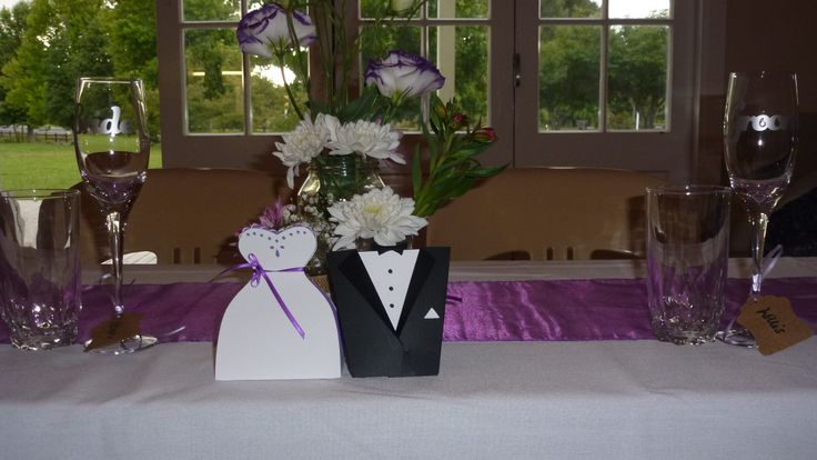 Wedding favor boxes (100 of....whew..)