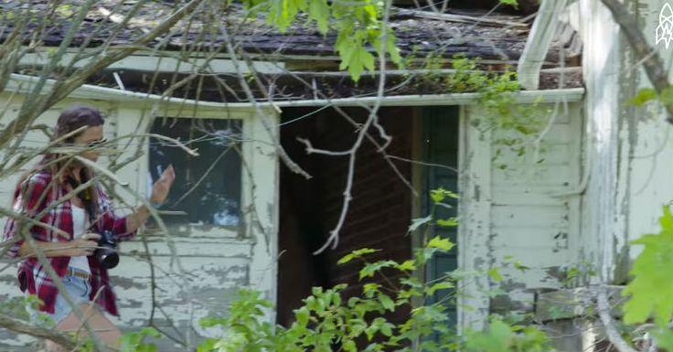Φωτογραφίζει καθημερινά εγκαταλελειμμένα σπίτια, αλλά όταν μπήκε μέσα σε αυτό το ερείπιο; Έπαθε το ΣΟΚ της ζωής της… Crazynews.gr