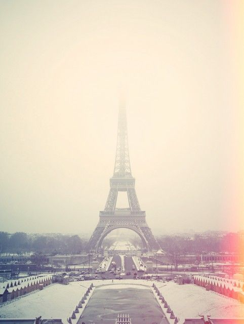 Enchanted Paris in winter | credit Cherry Blossom Girl
