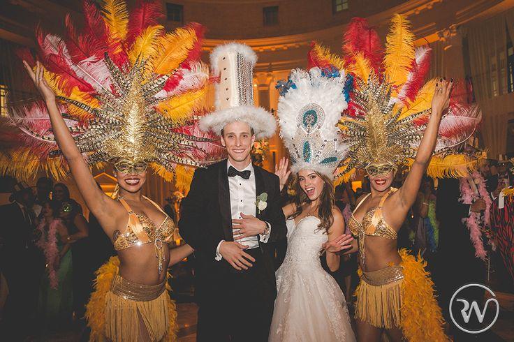 hora loca revery weddings by patricia dash 187 editorial