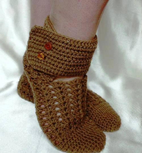 crochelinhasagulhas: Sapato marrom de crochê                                                                                                                                                      Mais