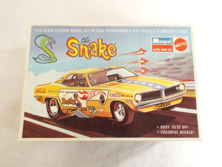 """The Snake"" Vintage Monogram Model Kit"