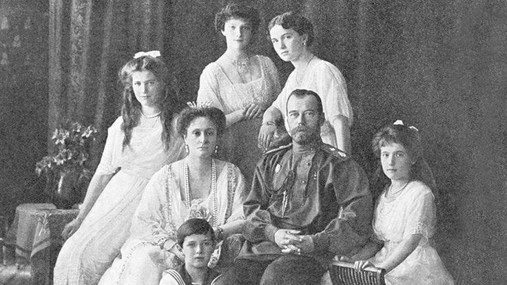 ¿Cómo pudo derrumbarse el Imperio ruso en poco más de una semana?