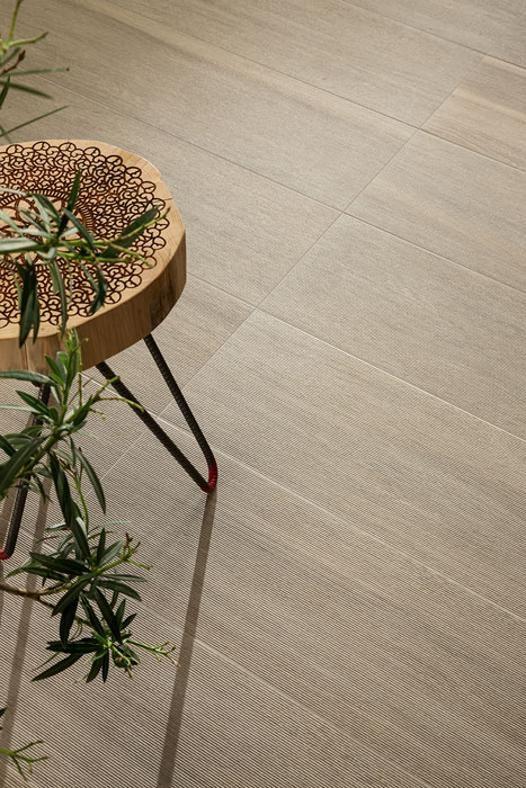 Pavimenti: grès effetto legno ceramichepiemme.it