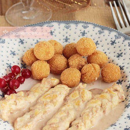Pechuga de pollo: trenzas con salsa de paté