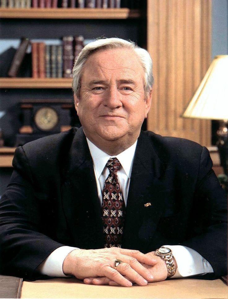 Jerry Falwell - Wikipedia