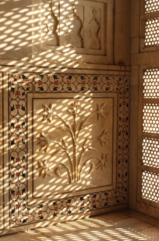 flowers made of marble on the Taj Mahal interior wall