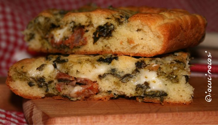 Torta rustica con cime di rapa e salsiccia § buona idea per un aperitivo o una merenda §