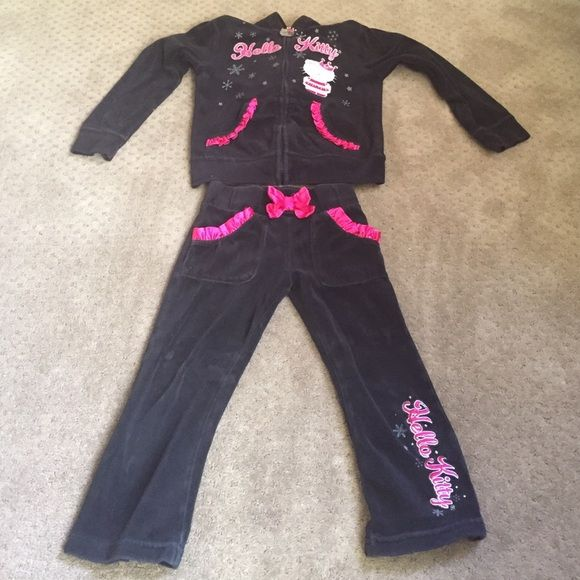 Hello kitty outfit size 6x Super cute hello kitty outfit with bow on hoody. Other