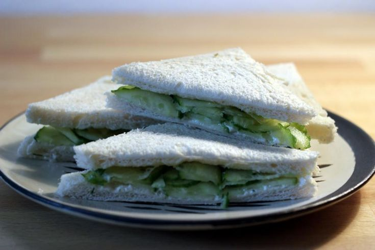 Englisches Gurkensandwich                                                       …
