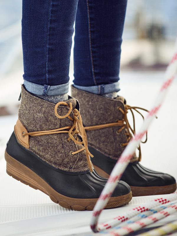 Womens Duck Boots || Head out in rain or shine in Sperry Saltwater Womens Duck Boots! A stylish staple for cold fall weather.  Shop this look and more women's fall fashion at Sperry.com.