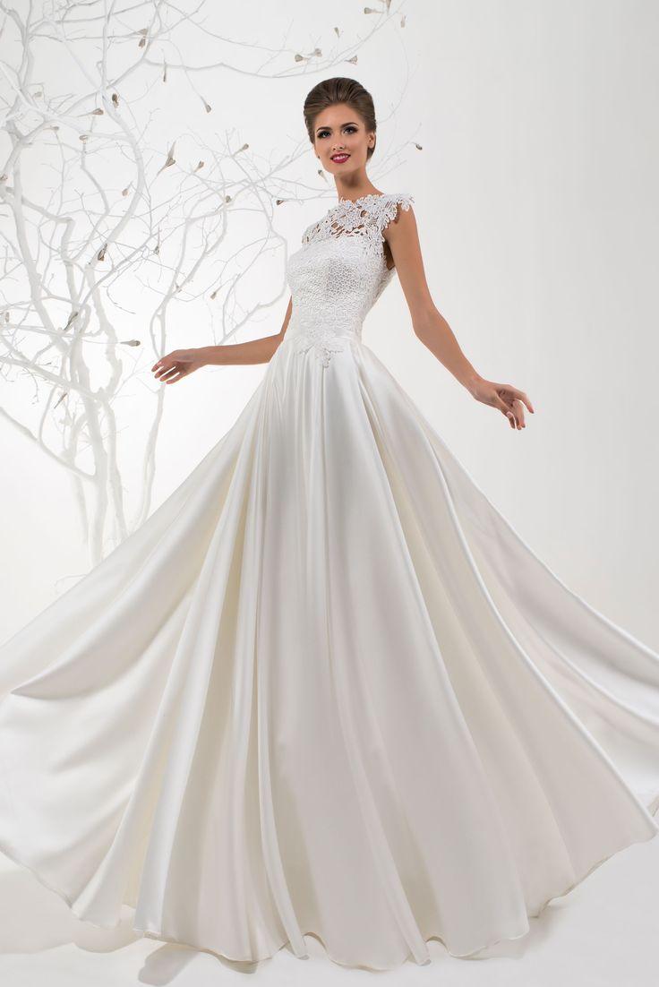 Krásne svadobné šaty s čipkovaným živôtikom