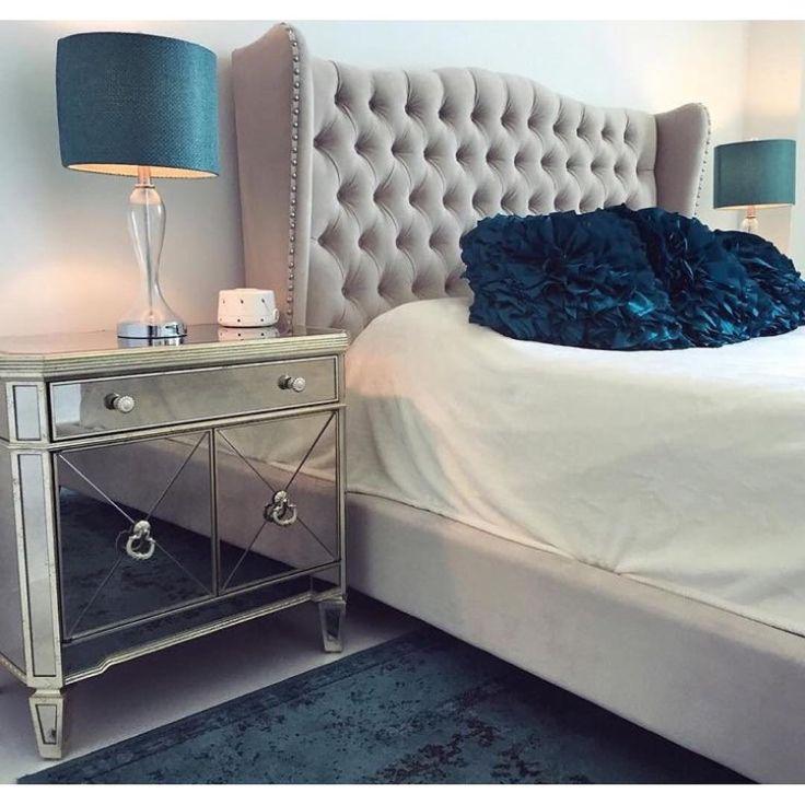 """""""•DREAMS• @Walloftrend Instagram @Walloftrend •Vi specialtillverkar sänggavlar och pallar efter dina önskemål och mått •Leverans 2-4 veckor  Mail…"""""""