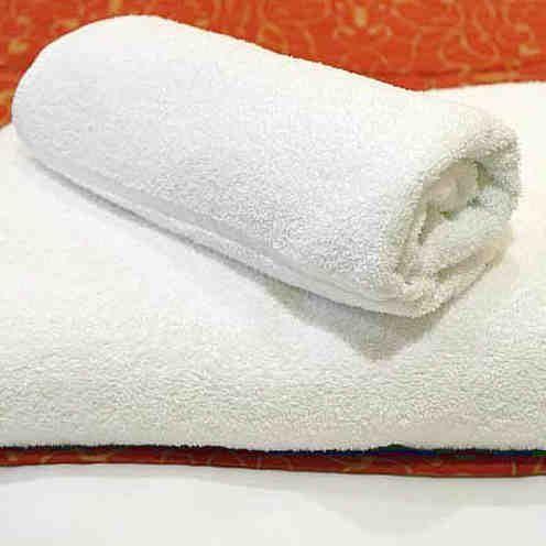Si quieres disfrutar de unas toallas de baño súper suaves #toallas #suaves #trucoscaseros