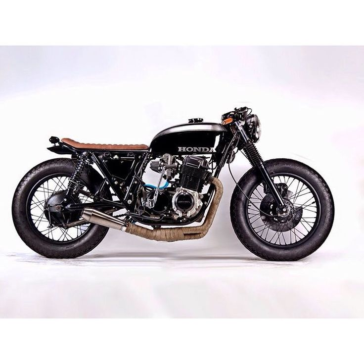 Honda CB750 by @motohangar Write up and on their website #caferacer…
