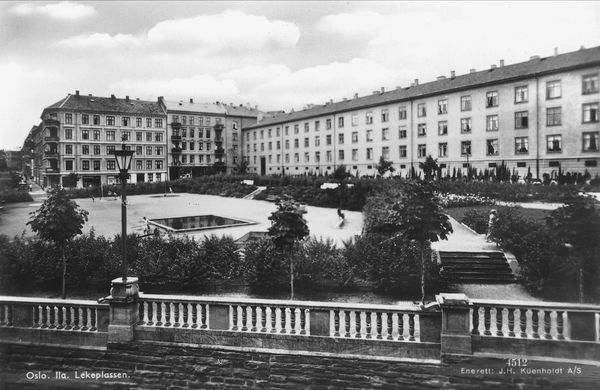 Herman Foss gate 24 / Ilagata / Evald Ryghs gate / Evald Ryghs plass / ca 1920-30 / oslobilder