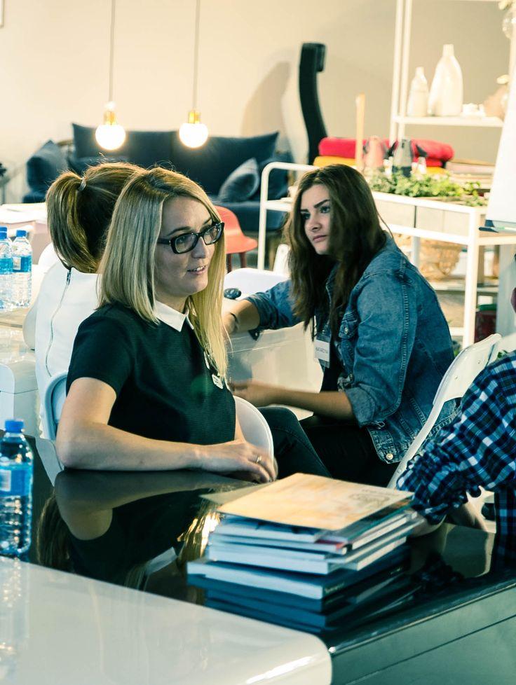 """Warsztaty """"Zostań redaktorem magazynu Czerwona Maszyna"""" w ramach festiwalu Zaprojektowani. Krakowskie Spotkania z Dizajnem (19.11.2016)"""