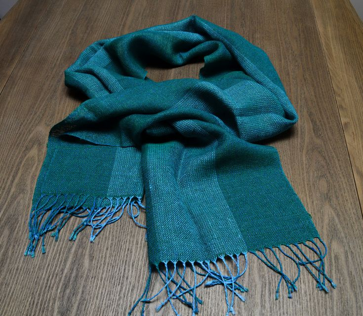 Linen scarf with amber thread
