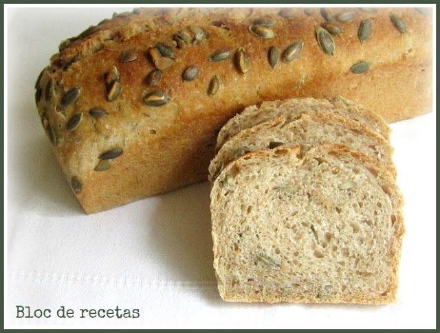Pan integral multicereales con pipas de calabaza
