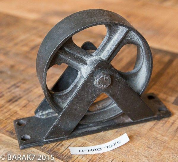 Roulette pour meuble #2