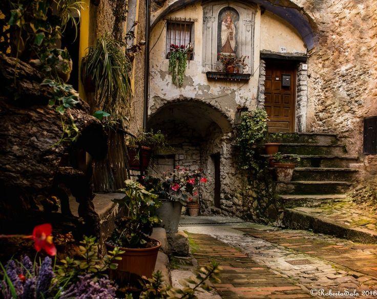 Via Cairoli. Foto di Roberta Sala