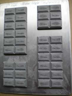Chocolate Bars chocolate mould #9- One of many chocolate bar options from the fantastic NZ made range available. Make them yourself it's heaps of fun!