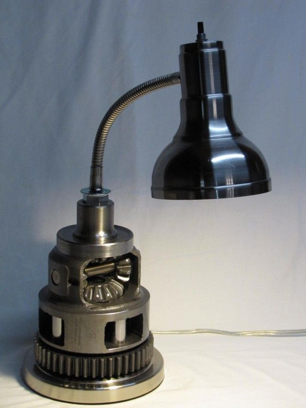 Transmission Diff / differential table lamp
