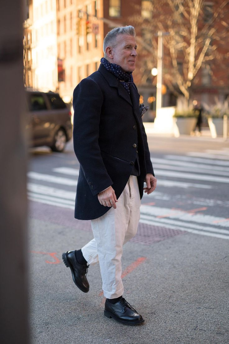 Nick Wooster on the street in New York during men's fashion week fall 2017. Photo: Imaxtree.