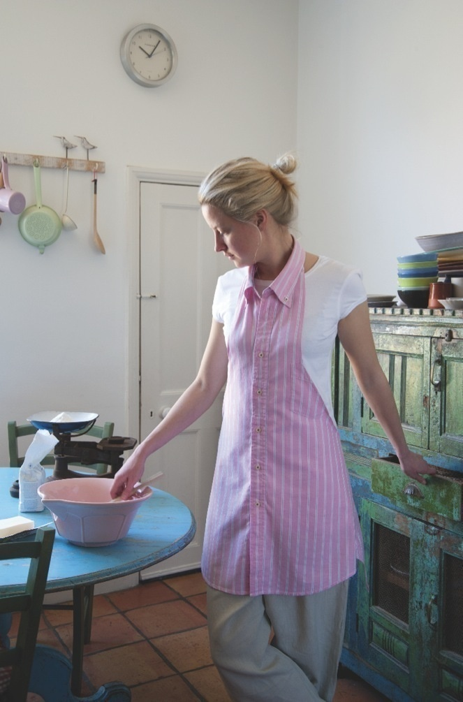 Butt-On Down Shirt Apron