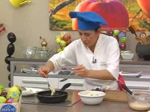 Eva Arguiñano: Buñuelos de manzana y crema inglesa - YouTube