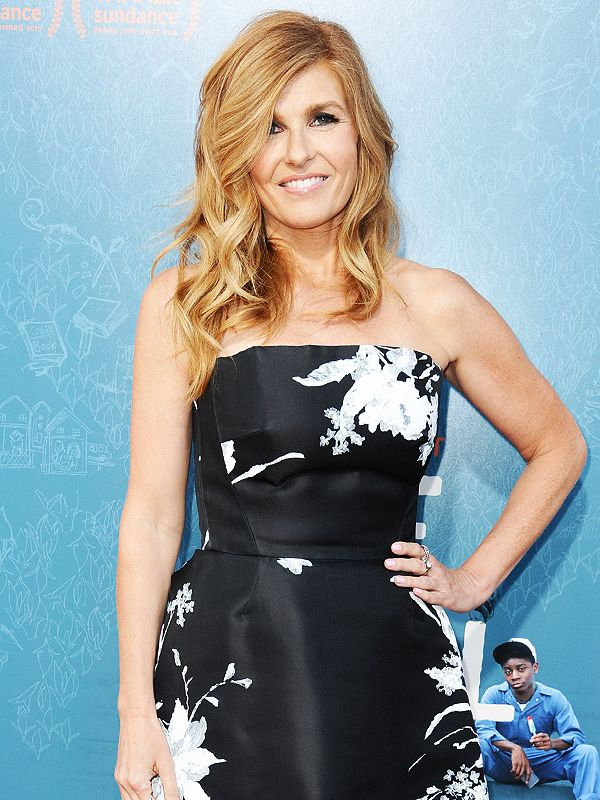 Connie Britton's Secret to Amazing Hair Is So Easy, Everyone (Even Guys) Should Use It http://stylenews.peoplestylewatch.com/2015/09/09/connie-britton-feminism-hair-video/