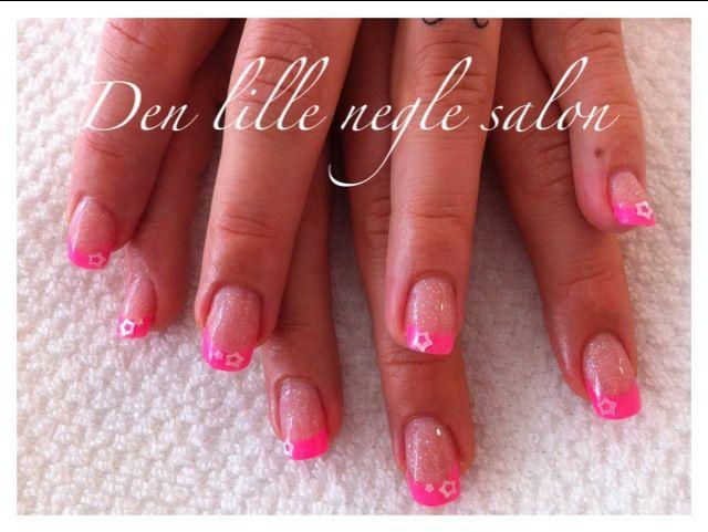 Acrylic nails.  Made in my salon in svendborg , Denmark www.facebook.com/denlilleneglesalon
