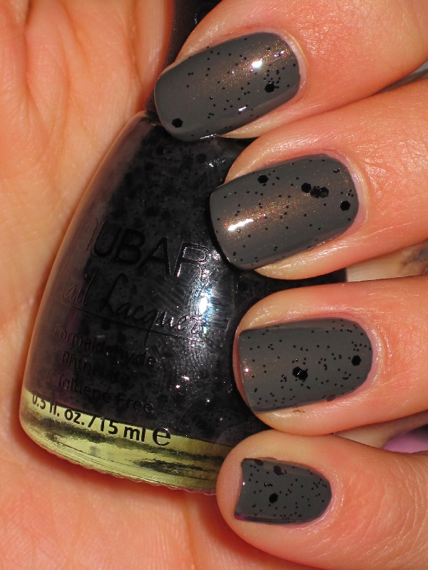 Nubar Black Polka Dot over Essie- Armed & Dangerous: Nubar Nails, Nails Blackpolkadot, Polka Dot Nail, Black Nail Polish, Black Nails, Black Polka Dot, Beauty Nails, Nails Polish, Nubar Black Polka