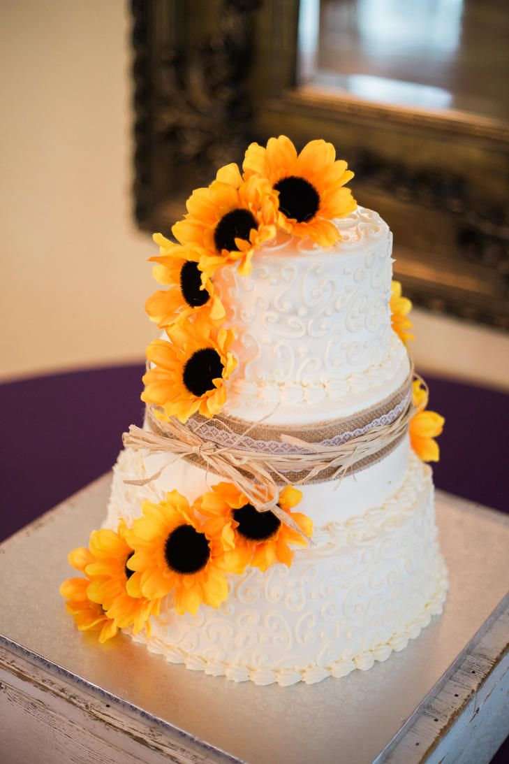 1000 Ideas About Sunflower Wedding Cakes On Pinterest