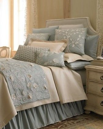 blue bed...pretty by 1 Jean