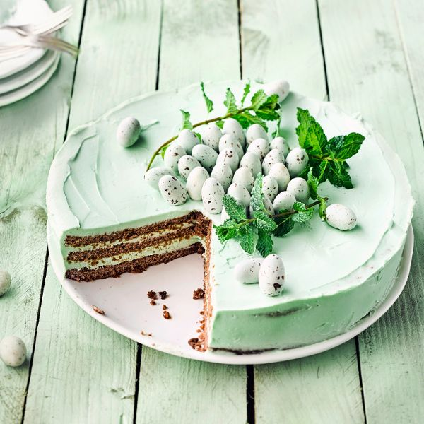 Frischer Nachtisch für die Osterzeit: unsere Ostertorte mit Minze! #torte #minze #ostern #edeka