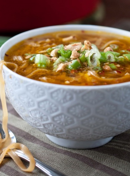 Pad Thai Soup! Great healthy version of this classic dish | domestic fits