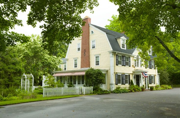 Bee & Thistle Inn and Spa in Old Lyme, Connecticut | B&B Rental
