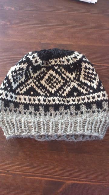 Crochet and knitting madness :): Dilla on Marius pattern :))