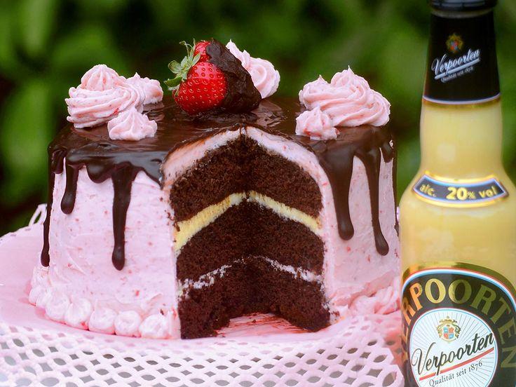 Schokoladiger Eierlikör-Erdbeer-Buttercreme-Traum - Kuchenrezepte mit Eierlikör | Verpoorten